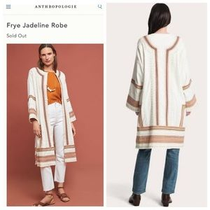 NWT-Earthy Neutrals Embroidered Jadeline Robe/Coat